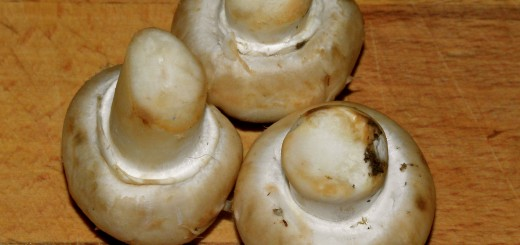 Choose mushrooms with firm, tight caps and no gills showing.